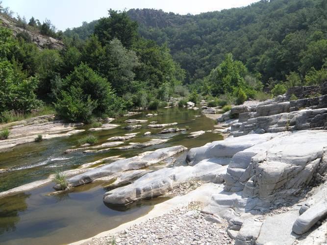 Byala reka