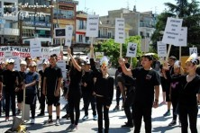 The silent protest of Sapes' students in the center of Komotini