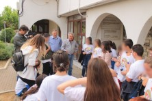 Before I leave for Africa in September, I'll register my children in the roll, so that Soufliotes they are for life and build their nest here in time ... was the riddle that drove the students to the Mayor of Soufli who congratulates them about their action (E. Bazaios/WWF)